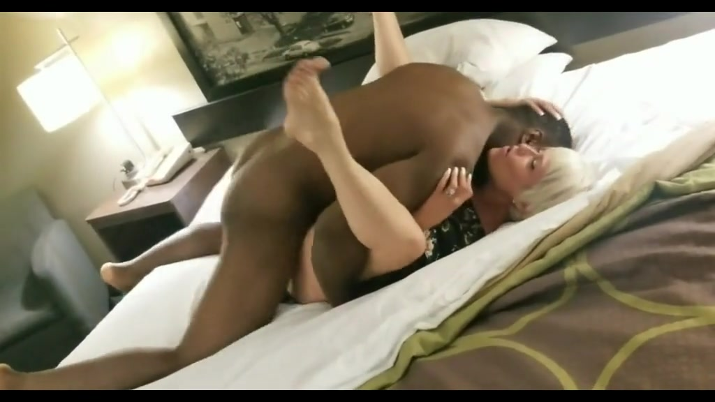 thick black ass riding dick
